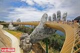 Золотой мост в курортной зоне Бана Хиллс