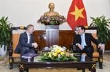 Вьетнам и Великобритания прилагают усилия по развитию отношений стратегического партнерства