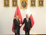 Việt Nam luôn trân trọng sự giúp đỡ ủng hộ quý báu của Ba Lan