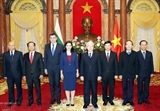 Tổng Bí thư Chủ tịch nước tiếp các Đại sứ trình Quốc thư