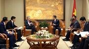 Вице-премьер Ву Дык Дам принял Президента Microsoft в Азии