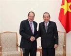 Вице-премьер Чыонг Хоа Бинь принял делегацию Генеральной прокуратуры Сингапура