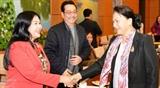 Председатель НС Нгуен Тхи Ким Нган встретилась с деятелями литературы и искусства