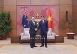Генсек Национального собрания Вьетнама встретился с президентом Сената Австралии