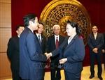 La présidente de lAN Nguyen Thi Kim Ngan rencontre des ambassadeurs vietnamiens à Hanoï