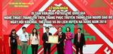 Đón nhận Bằng công nhận nghệ thuật trang trí trên trang phục truyền thống của người Dao đỏ là Di sản văn hóa phi vật thể quốc gia