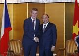 Премьер-министр Нгуен Суан Фук встретился с руководителями зарубежных стран в Японии