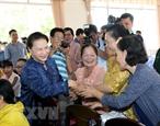 응웬티김응언 국회의장 껀터시 닌 끼에우 군에서 유권자 접촉