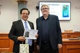 Le Grand dictionnaire tchèque-vietnamien lauréat du prix littéraire tchèque 2019
