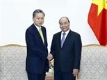 Le PM reçoit le président de lInstitut de la communauté dAsie de lEst