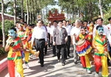 Chủ tịch Quốc hội Nguyễn Thị Kim Ngân dự Ngày hội Đại đoàn kết toàn dân tộc tại ấp Sóc Chà B tỉnh Trà Vinh