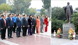 Руководство Ханоя возложило цветы к памятнику В.И.Ленину