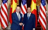 Le Premier ministre Nguyen Xuan Phuc reçoit le secrétaire américain au Commerce