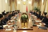 Вице-премьер Выонг Динь Хюэ провел переговоры с Заместителем Премьер-министра Беларуси Игорем Ляшенко