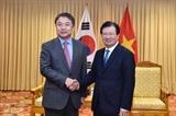 Bице-премьер Чинь Динь Зунг принял вице-президента южнокорейской корпорации Hyundai