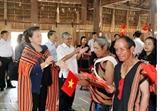 La présidente de lAssemblée nationale en tournée à Kon Tum