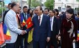 Thủ tướng Nguyễn Xuân Phúc gặp mặt kiều bào Việt Nam tại Romania