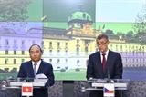 Thủ tướng Nguyễn Xuân Phúc và Thủ tướng CH Séc đồng chủ trì họp báo
