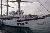 Le voilier 286/Le Quy Don en visite à Singapour