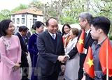 Se reunió primer ministro de Vietnam con coterráneos residentes en Suecia