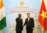 Phó Thủ tướng Bộ trưởng Ngoại giao Phạm Bình Minh hội đàm với Bộ trưởng Ngoại giao Cộng hòa Bờ Biển Ngà