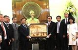 Chủ tịch Ủy ban Trung ương Mặt trận Tổ quốc Việt Nam tiếp Đoàn Ủy ban Trung ương Mặt trận Lào xây dựng đất nước