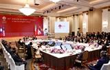 아세안 SOM 베트남대표인 응웬 꾸옥 중 외교부 차관  회의결과에 대해 언론 인터뷰를 가졌다