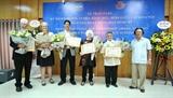 Trao Kỷ niệm chương Vì hòa bình hữu nghị giữa các dân tộc cho sáu nhà hoạt động vì hòa bình Mỹ