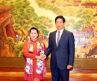 Председатель НСB провела переговоры с Председателем ПК ВСНП Ли Чжаньшу