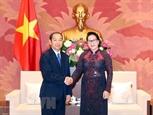 Председатель НС Вьетнама приняла Председателя ВНС Лаоса