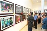 Trưng bày 119 tác phẩm tại Liên hoan ảnh nghệ thuật Vẻ đẹp người Hà Nội
