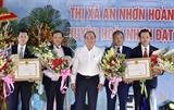 Thủ tướng Nguyễn Xuân Phúc dự Lễ Công bố đạt chuẩn nông thôn mới tại Bình Định