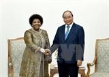 Премьер-министр принял министра обороны и военных ветеранов Южноафриканской Республики