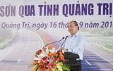 នាយករដ្ឋមន្រ្តីវៀតណាមលោក Nguyen Xuan Phuc អញ្ជើញចូលរួមពិធីបើក ការដ្ឋានសាងសង់ខ្សែផ្លូវ Cam Lo – La Son នៃគម្រោងផ្លូវហាយវ៉ៃជើង-ត្បូង