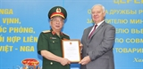 Генерал-полковник Нгуен Тьи Винь награжден Орденом Дружбы Российской Федерации