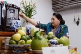 Нгуен Тхи Ким Нган зажгла благовония в память о бывших руководителях партии и государства