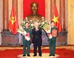 Tổng Bí thư Chủ tịch nước trao Quyết định thăng quân hàm cho hai tướng lĩnh Quân đội