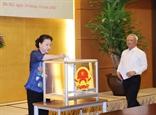 Chủ tịch Quốc hội Nguyễn Thị Kim Ngân dự Lễ phát động ủng hộ đồng bào vùng lũ lụt