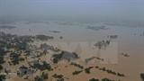 Рекордное наводнение на данный момент унесло жизни 84 Вьетнамца в центральном регионе
