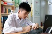 국제 컴퓨터공학 올림픽에서 만점을 받은 황금소년 부이홍득(Bùi Hồng Đức)