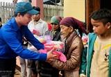 Правительство предоставляет больше риса для помощи центральным провинциям