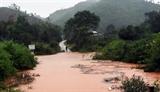 Năm xã của huyện Tu Mơ Rông (Kon Tum) bị cô lập do ảnh hưởng của mưa bão