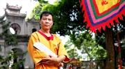Un maître darts martiaux et de médecine traditionnelle