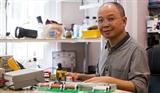 Người thầy giáo 30 năm xây dựng phòng thí nghiệm Vật lý cho học sinh