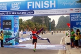 Hơn 2.500 vận động viên tham gia Giải Marathon bên bờ di sản Vịnh Hạ Long