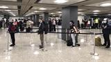 Около 360 вьетнамских граждан привезли домой из США