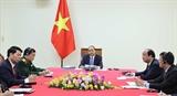 Thủ tướng Chính phủ Nguyễn Xuân Phúc hội đàm trực tuyến với Thủ tướng Campuchia Hun Sen