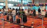 Возвращение 240 вьетнамских граждан из Сингапура на Родину