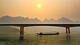 Phát triển kinh tế Lòng hồ thủy điện Sơn La