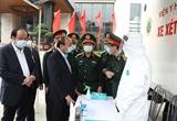 Thủ tướng Nguyễn Xuân Phúc: Lực lượng Quân đội quên mình chăm sóc người được cách ly là tình dân tộc nghĩa đồng bào